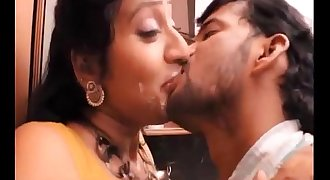 Hot mallu aunty hottest flick french kiss !